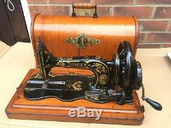 1885 Antique Singer 12K New Family Fiddlebase with Acanthus decals