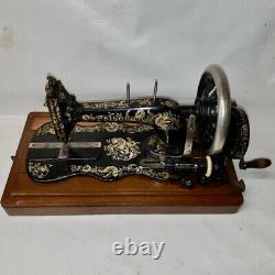 1898 Singer 12 K New Family sewing machine with wooden case Ottoman decal