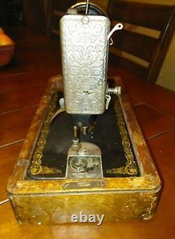1900'ssinger Hand Crank Sewing Machine