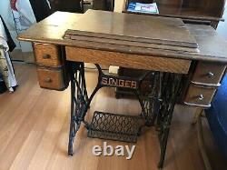 1907 treadle-operated Singer sewing machine USED