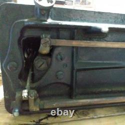 1908 Antique Singer Model 66-1 LOTUS DECALS Sewing machine m# D739960