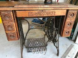 1908 antique singer sewing machine with cabinet