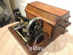 1912 Antique/Vintage Singer 28K HandCrank Sewing Machine with case