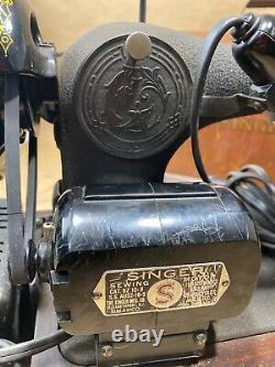 1942 Antique Singer Model 128 Sewing Machine Godzilla Wrinkle Ornate Blackout
