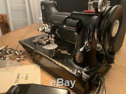 ANTIQUE 1950 SINGER SEWING MACHINE FEATHERWEIGHT MODEL 221 -1 SER# AJ365218 Work