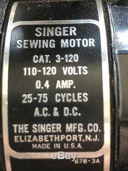 ANTIQUE 1950s SINGER SEWING MACHINE FEATHERWEIGHT MODEL 221
