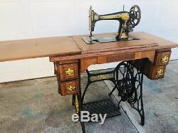 Antique 1874-1875 Singer class127 Sphinx Treadle Sewing Machine Model 16671265
