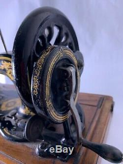 Antique 1886 Singer 12K Fiddle Sewing Machine Acanthus Decals Handcrank