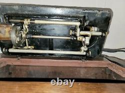 Antique 1920 Singer 15K sewing machine Head with tiffany decals rare Collectable