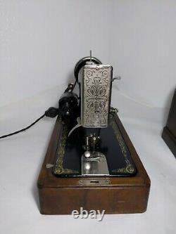 Antique 1922 Singer 99k Sewing Machine Bentwood Case, Knee Pedal/Lever Vintage