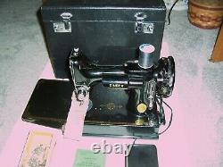 Antique 1947 Singer 221 Working Featherweight Sewing Machine with Accessories