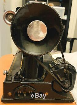 Antique 1950 Singer Sewing Machine Featherweight Model 221 1 Ser# Aj365218