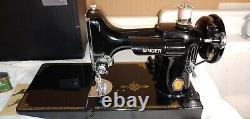 Antique 1950 singer featherweight sewing machine model 221-1 Ser# AJ637703