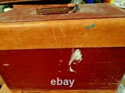 Antique 1950s Singer Sewing Machine, 99K Model EK925669 in Original Case