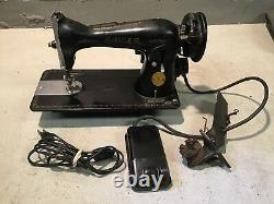 Antique SINGER CABINET MOUNT SEWING MACHINE MODEL 15 Tested With Pedal