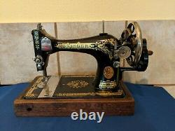 Antique Singer 28K Hand Crank Sewing Machine 1917 Clean Tested Works Great