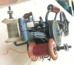 Antique Singer 35-K1 Industrial Carpet Chain-stitch Sewing Machine