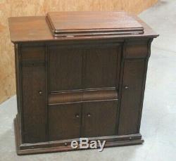 Antique Singer 66K Treadle Sewing Machine in Oak Cabinet c1929 6343