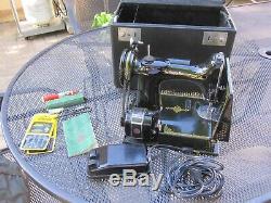 Antique Singer Featherweight Sewing Machine