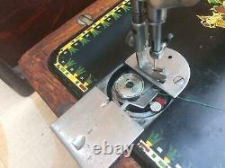 Antique Singer Model 66-1 Lotus decals back clamp Hand crank Sewing machine