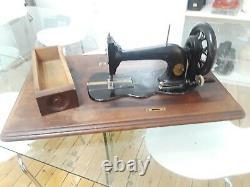 Antique Singer Sewing Machine Fiddle Base Model 12 +wood top (q239)p2