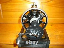 Antique Singer Sewing Machine Model 15'gingerbread', Hand Crank, Serviced