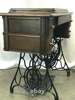 Antique Singer Treadle Sewing Machine Cabinet Table 4 Drawer Oak, Cast Iron, Vtg