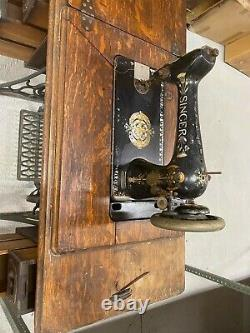 Antique Singer sewing machine Local Pickup only