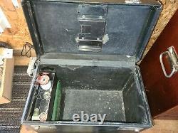 Antique Vintage Singer Featherweight 221 Sewing Machine with Original Case