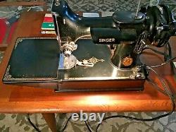 Antique/vintage 221 Singer Featherweight Sewing Machine Works! With Extras
