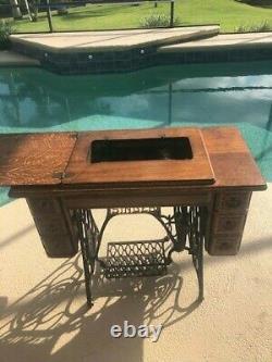 Pristine Ornate Antique 1910 Singer Treadle 7 Drawer Sewing Machine Cabinet