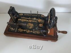 Rare 1903 model Singer 48k Ottoman Hand Crank sewing machine R1354117