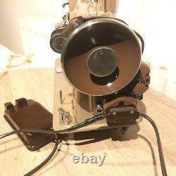 Rare Singer 216G Vintage Zig Zag electric Sewing Machine