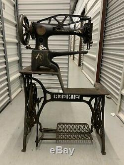 Singer 29k 29-4 leather sewing machine