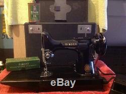 Singer Antique Sewing Machine, 1940
