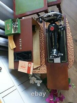 Singer Class 99k Vintage Antique Sewing Machine with Leather covered Carry Case