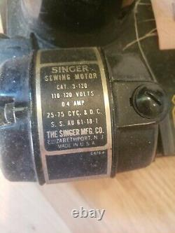 Singer Featherweight 221 Antique Sewing Machine From 1954 With Original Case