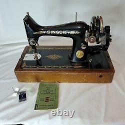 Singer Sewing Machine Model 99 Bentwood Case HAND CRANK KEY BOOK TOOLS