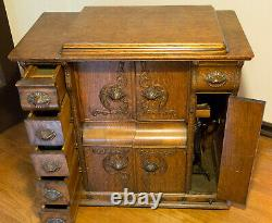 Singer Sewing Machine Model No. 66 Redeye Closed Wood Cabinet with Treadle