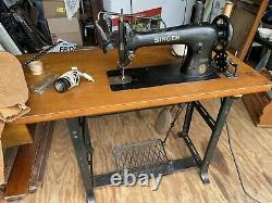 Singer industrial sewing machine 31-15 with motor, work table, WORKS, 1929