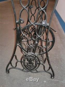 VINTAGE Singer Treadle Sewing Machine Base Table Legs Rolling Stand
