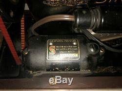 VTG 1937 Singer Vintage Antique Sewing Machine With Wood Case