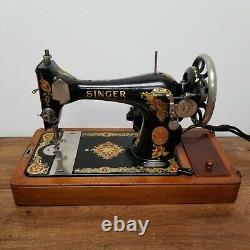 Vintage 1919 Singer Sewing Machine Model 128 Portable with Bentwood Case Works