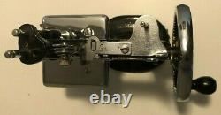 Vintage Antique Singer Model 20 Childs Toy Sewing Machine Sewhandy TSM