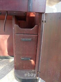 Vintage Art Deco Singer Sewing Machine Cabinet