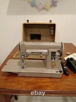 Vintage Singer 301A Sewing Machine Great Condition! Original Case S/N NA387599