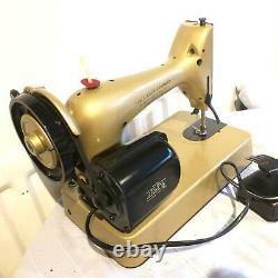 Vintage Singer 98K, 286K Electric sewing machine