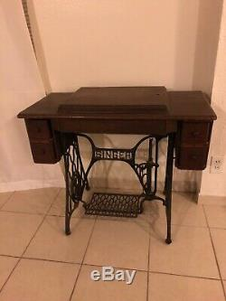 Vintage, Singer, Treadle Sewing Machine With Cabinet, Antique In Dallas Texas