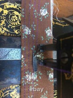 1876 Antique Singer 12k Fiddle Base Main Cran Machine À Coudre Avec De Grandes Roses
