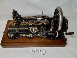1898 Singer 12 K Nouvelle Machine À Coudre Familiale Avec Étui En Bois Décalque Ottomane